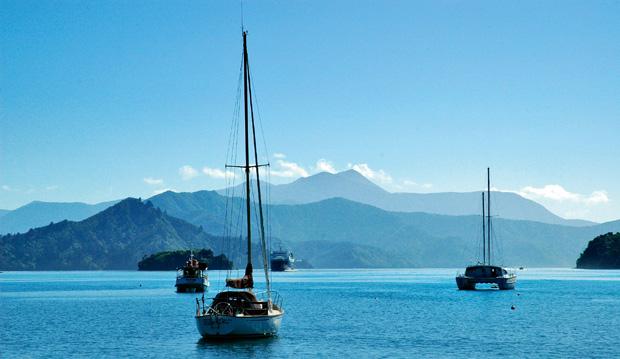 W Nowej Zelandii wszystko jest inne, podr�e, wakacje, P�yniemy promem do Picton na Wyspie Po�udniowej