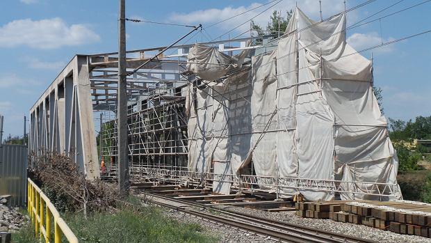 Zdjęcie numer 0 w galerii - Wąskie gardło Bydgoszczy przy kanale. Trwają prace przy mostach na Mińskiej [ZDJĘCIA]
