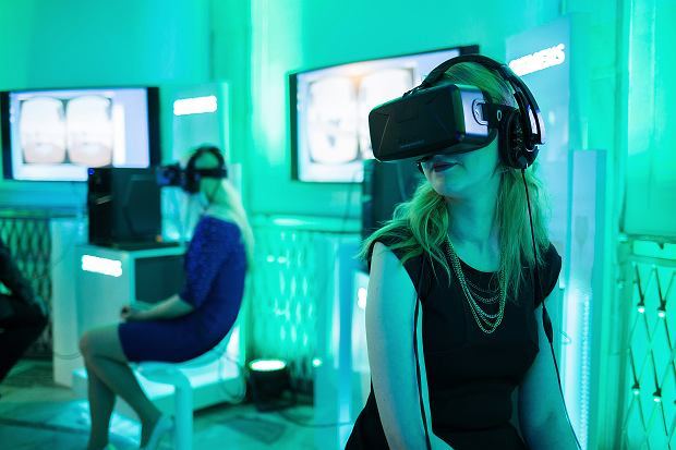 """""""Para nie do pary"""". Pierwszy na świecie serial w technologii VR na player.pl"""