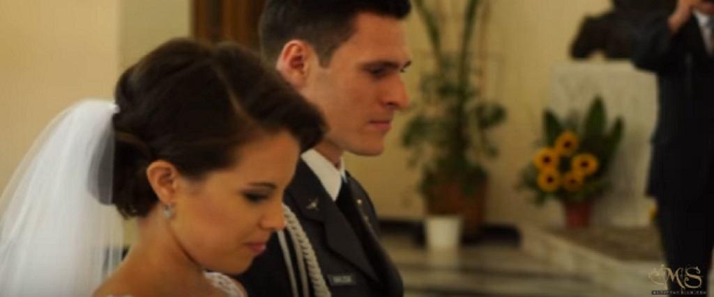 Trwa ślub Kamili I Mateusza Gdy Ta Kobieta Przejmuje Mikrofon