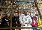 Oto kościół o. Rydzyka, ojciec dyrektor na witrażu [ZDJĘCIA]