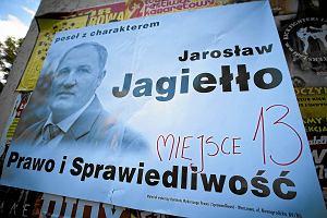 """Pose� z list PiS u Korwin-Mikkego i od razu zgrzyt. """"G�osowa� za Tuskiem"""", """"Dajemy mu p� roku"""""""