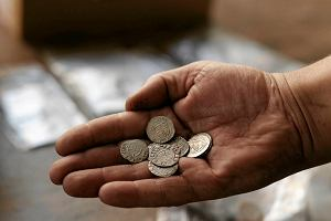 Skarb na dnie baszty. Krzyżackie monety z XV w. [FOTO]