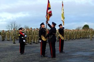Brytyjska armia b�dzie pyta� rekrut�w, czy s� gejami