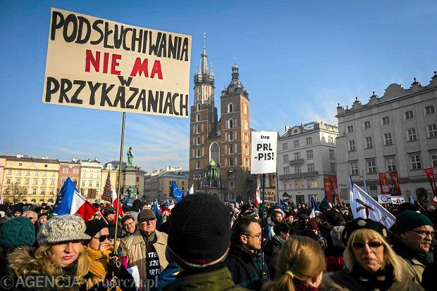 Manifestacja KOD w Krakowie, 23 stycznia 2015 r.