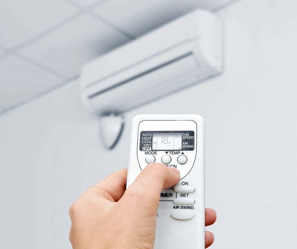 Klimatyzacja: czy jest zdrowa, komu szkodzi, a komu służy?