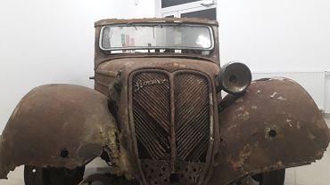 Samochód Stoewr Greif Junior