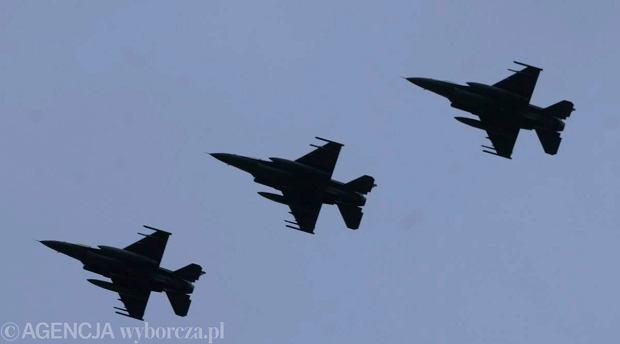 My�liwce NATO przechwyci�y rosyjski samolot zwiadowczy. To kolejny incydent