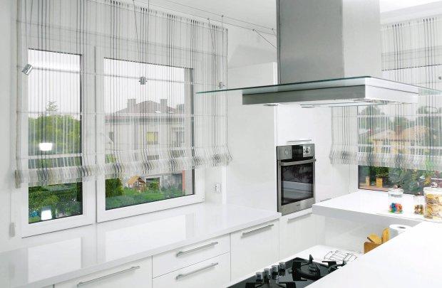 W kuchennym oknie pl