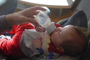 GIS wycofuje mleko dla dzieci. Mogliście je kupić w Rossmannie