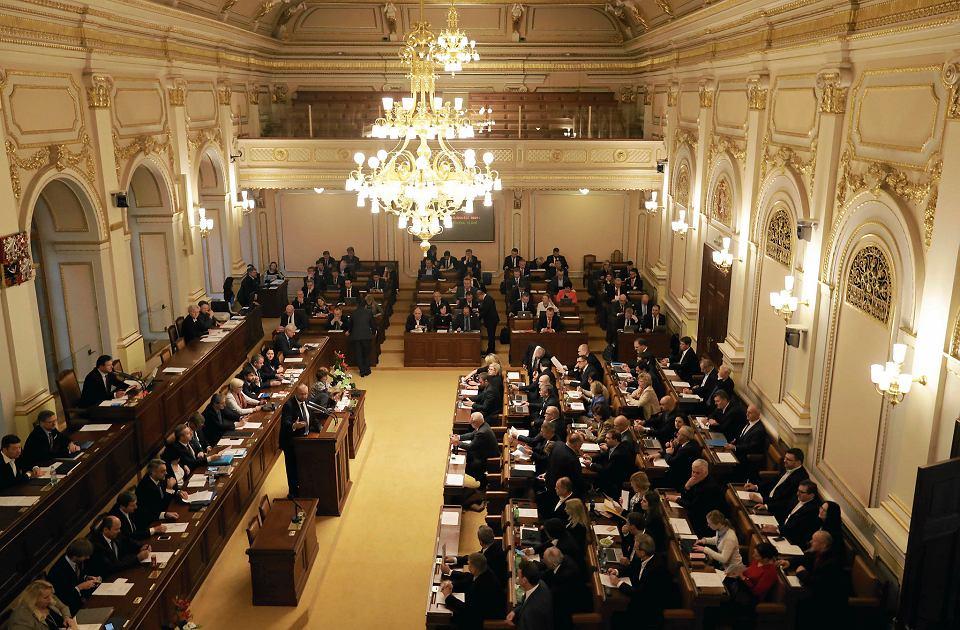 Znalezione obrazy dla zapytania parlament czechy