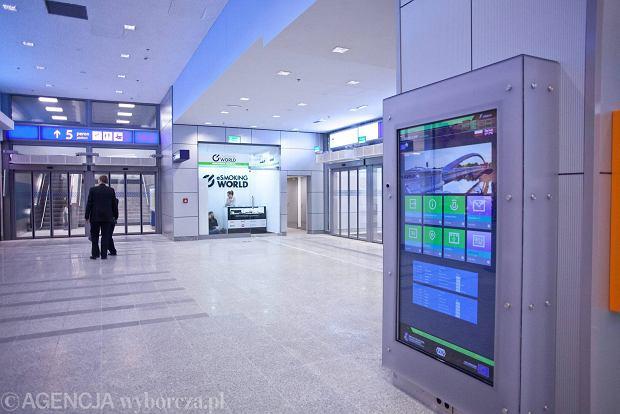 z15459143Q,Nowy-Dworzec-Glowny-w-Krakowi