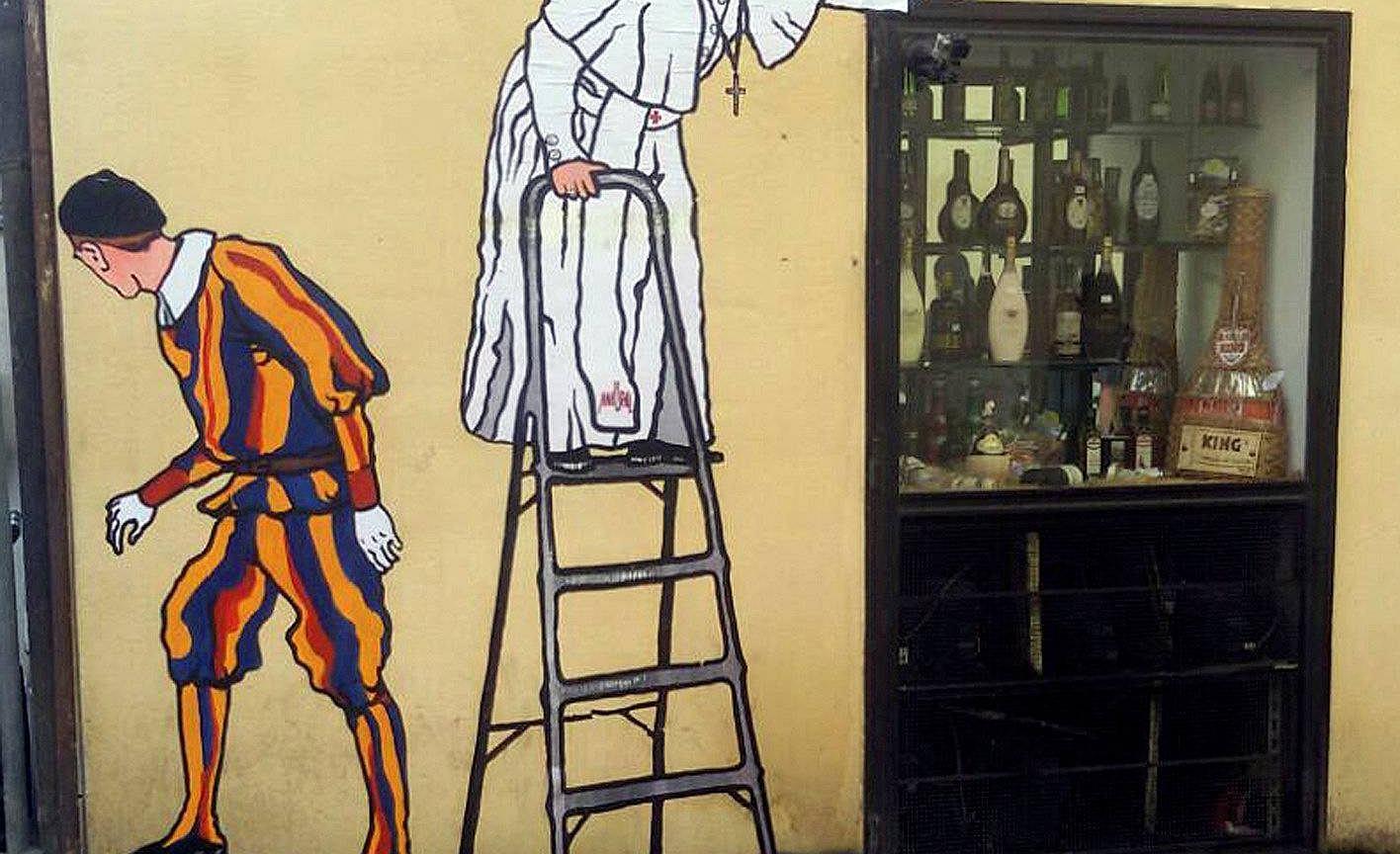 mural z papie em franciszkiem istnia tylko kilka godzin