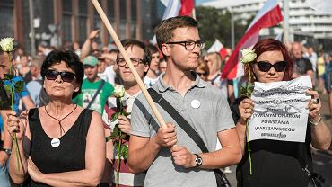 Obywatele RP pojawili się na manifestacji narodowców. Zostali zwyzywani.