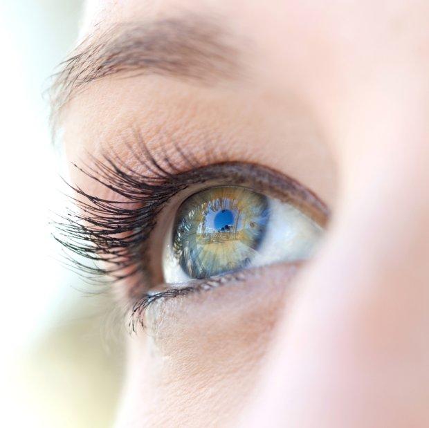 Zdrowe oczy do późnej starości? Wiele zależy od diety
