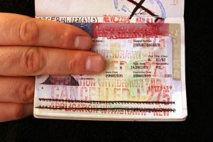 Wzros�a liczba decyzji odmownych w sprawie ameryka�skich wiz dla Polak�w
