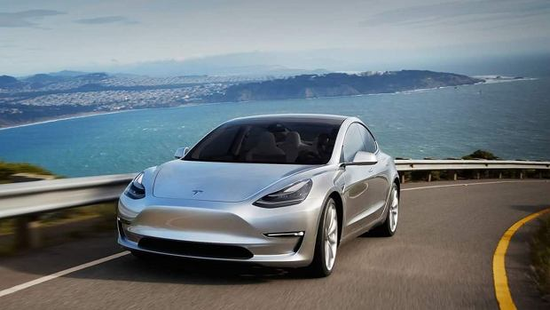 Tesla Model 3 | Premiera wersji produkcyjnej coraz bliżej