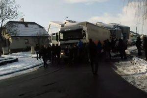 Śląsk: Kierowca tira zignorował blokadę górników. Wjechał wprost w strajkujących