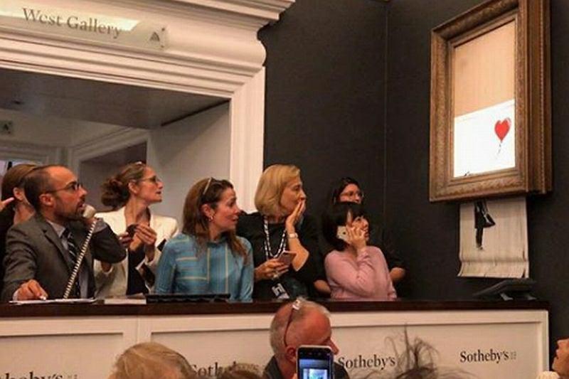 Aukcja 'Dziewczynki z balonikiem'. Obraz Banksy'ego zniszczony po licytacji / banksy / Instagram