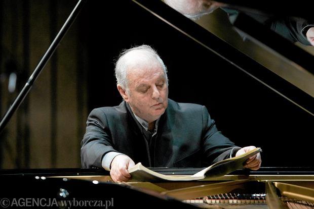 Barenboim gra Debussy'ego. Wielki pianista, który lubi jechać po bandzie, oddaje hołd ulotnemu impresjoniście