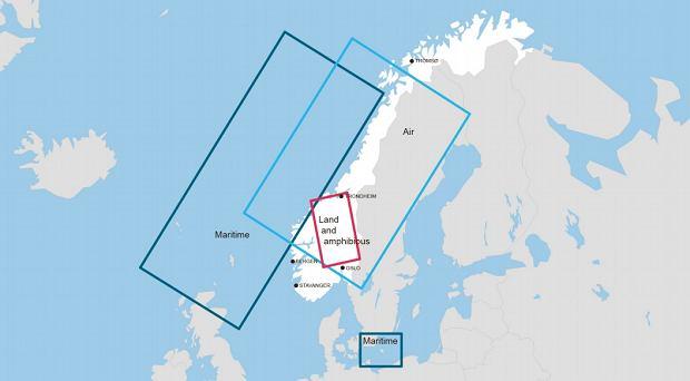 Obszary, w których odbędą się ćwiczenia Trident Juncture 18. Ciemnoniebieski to rejon ćwiczeń floty, jasnoniebieski lotnictwa a różowy sił desantowych i lądowych.
