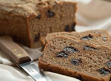 Chleb z suszoną śliwką - ugotuj