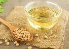 Ponieważ w oleju tym mogą znajdować się śladowe ilości sojowego białka, powinny na niego uważać osoby uczulone na soję.