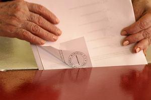 Wybory 2014. Trwa liczenie g�os�w w komisjach wyborczych. Nadal nie ma wynik�w sejmik�w [CO WIEMY]