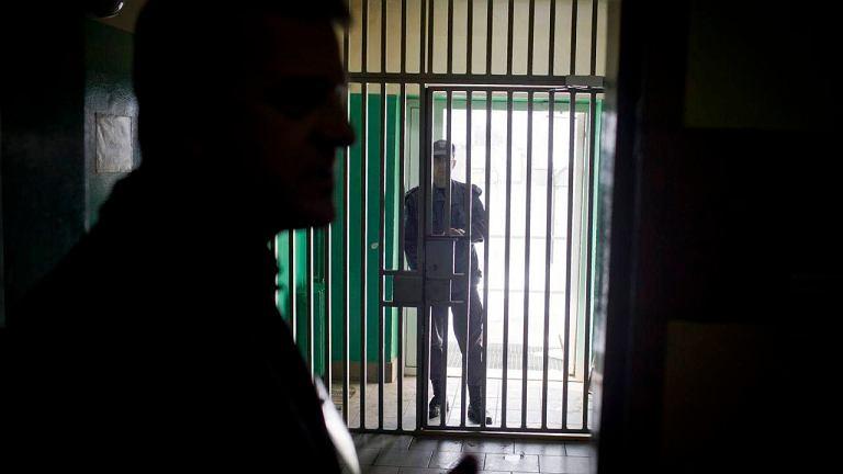 Polska wypłaca więźniom ogromne odszkodowania. 'Skarżą się nawet na brak siłowni i złe towarzystwo'