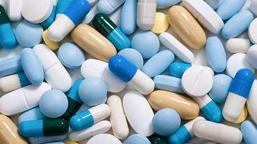 Niektóre leki nie są refundowane przy danych schorzeniach, choć są przy innych. Są też leki refundowane częściowo.