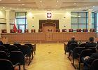 Zoll: Orbánizacja Trybuna�u
