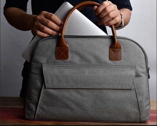 fa9cab2bab95e Modne i solidne torby na laptopy. Modele eleganckie i sportowe w super  cenach!