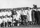 W tych czasach Polska strzelała 5 bramek Brazylii, a sędziowie biegali w marynarkach. Pierwszy mundial Biało-Czerwonych