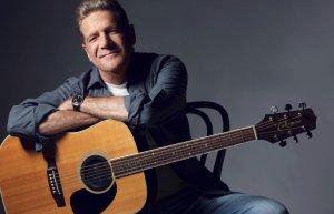 Glenn Frey znany z zespołu Eagles nie żyje.