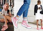 """Najmodniejsze buty sezonu: sneakersy w kolorze """"baby pink"""". Gdzie je kupić?"""