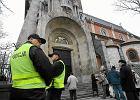 Policjanci będą musieli chodzić do kościołów, aby czytać ogłoszenia i rozdawać ulotki