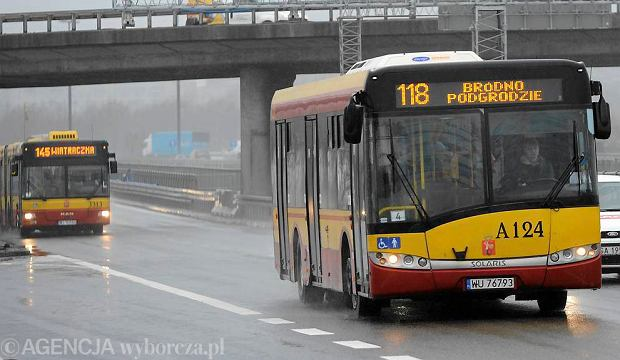 Autobusy na Trasie Toru�skiej w Warszawie