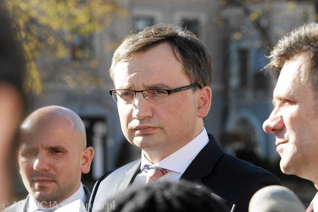 Ziobro w Kielcach o likwidacji gimnazj�w: - Mo�e by� zbyt kosztowna