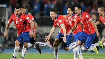 Chile! Po 99 latach oczekiwa� wreszcie si�ga po trofeum! Argenty�czycy fatalni w serii karnych