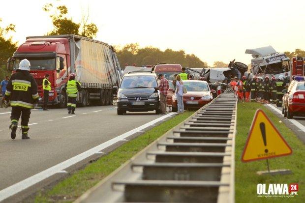 Czarna seria na autostradzie A4. Wypadki to wina kierowców?