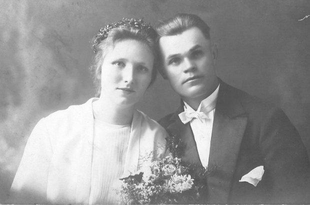 """""""Kobieca ciekawo�� w�asnego cia�a i brak wstydu mo�e powodowa� podra�nienia i choroby"""" - tak uczyli seksu 100 lat temu"""