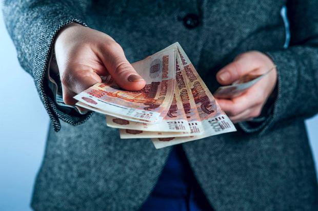 Rosja zacznie manipulować kursem rubla?