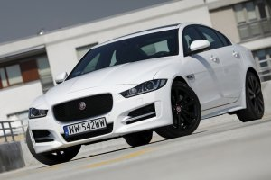 Jaguar XE 2.0 P 240 KM R-Sport | Test | Tylko nie m�w do mnie kotku