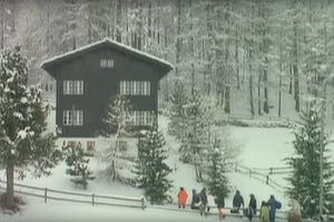 """Ten dom istnieje naprawdę, ale wygląda inaczej! Gdzie kręcono teledysk do """"Last Christmas"""""""