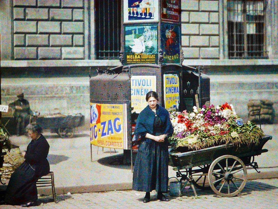 Kwiaciarka na Placu Republiki w Vérines, 10 maja 1918