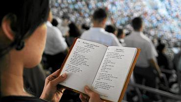 ''By�am �wiadkiem Jehowy. Dzi� jestem szcz�liw� i spe�nion� kobiet�'' [LIST DO REDAKCJI]