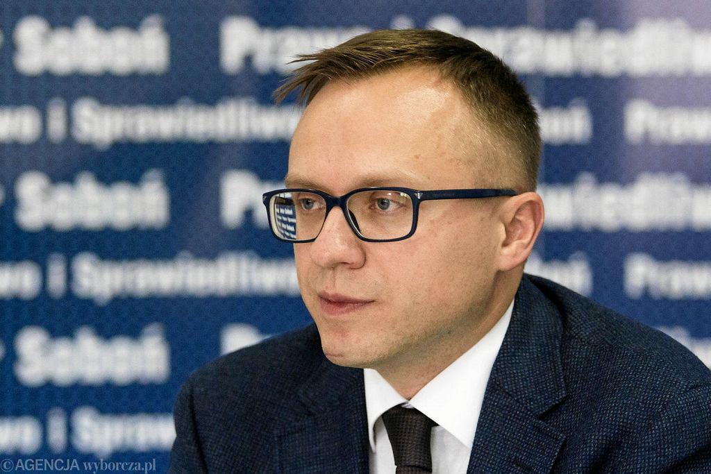 wiceszef Ministerstwa Inwestycji i Rozwoju Artur Soboń (zdj. arch.)