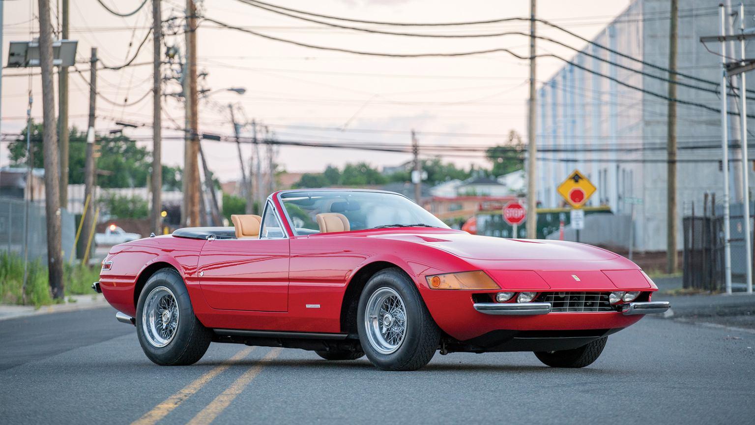 z20524875IER,Ferrari-Daytona-Spider.jpg
