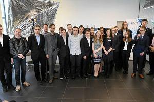 Politechnika Warszawska. Studenci wysy�aj� satelit� w kosmos