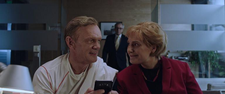 ''Ucho prezesa 3'': W 1. odcinku Donald flirtuje z Angelą, a Andrzej jedzie na narty [ZOBACZ U NAS]